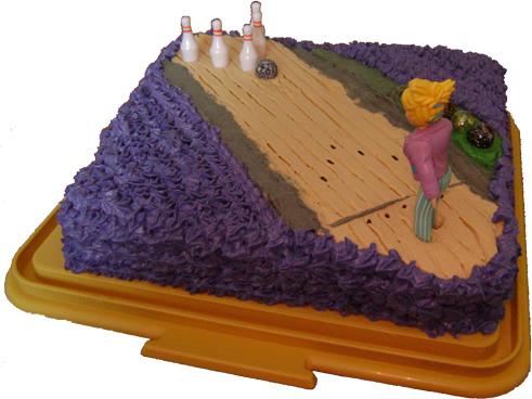 Bowling Cake  sc 1 st  Fun Cake Decorating Ideas & Fun cake decorating ideas - Sport cake - Bowling Alley